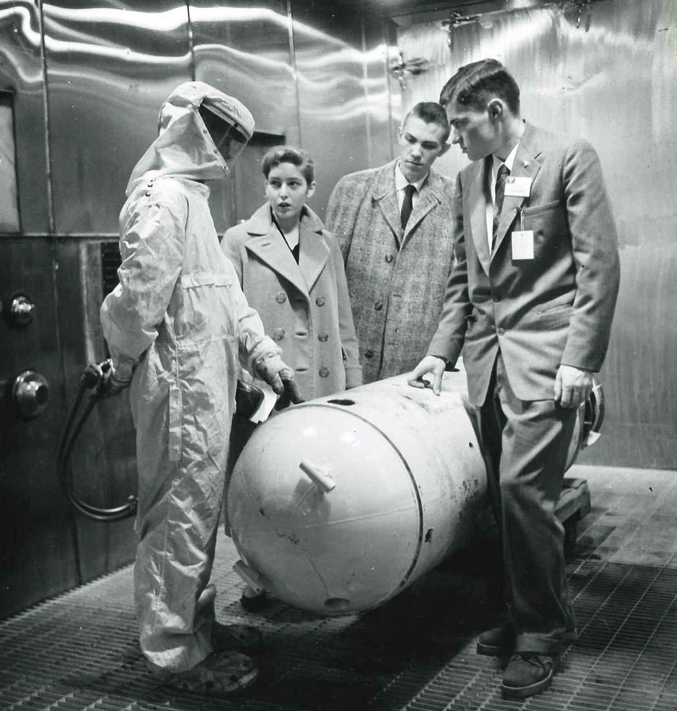 STS 1957 Finalists at Naval Ordnance Laboratory. Via Society for Science and the Public on Flickr.